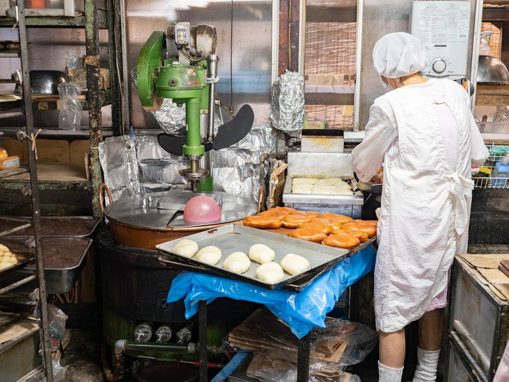 築山製パン所:工房