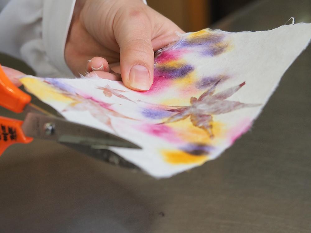 紙の館 紙すき体験