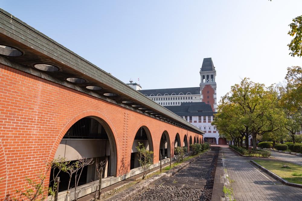 倉敷市役所の低層塔
