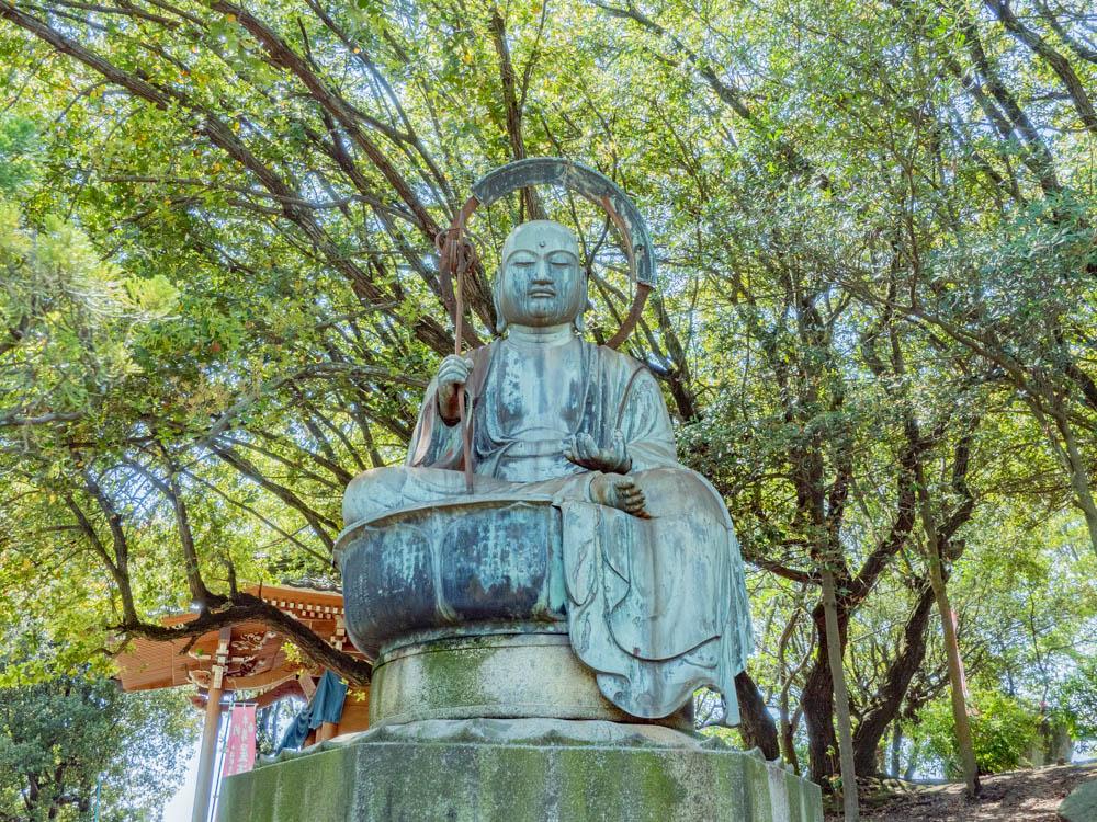 円通寺:青銅露座地蔵菩薩座像