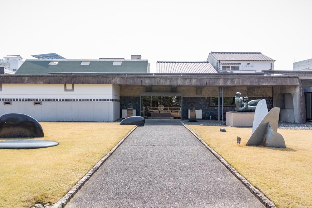 大原美術館分館の正面