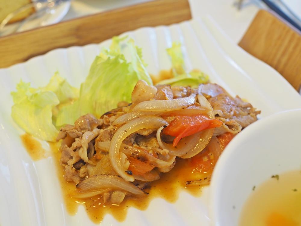 スピカ_肉料理